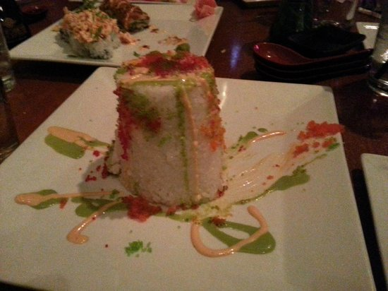Great Bay Oyster House: Tuna Tower - unique experience in Sushi !