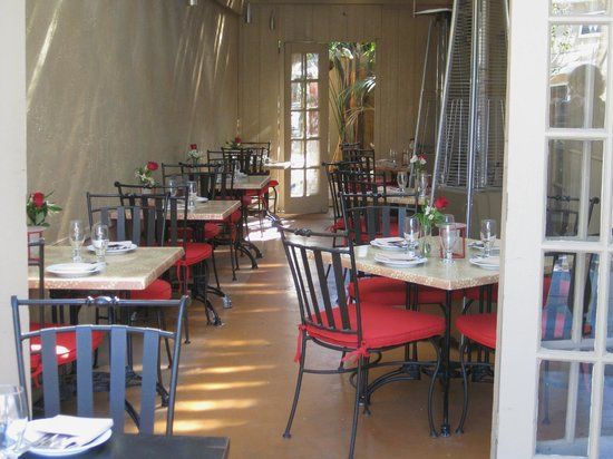 Malee's Thai Bistro :                   Awaiting your arrival
