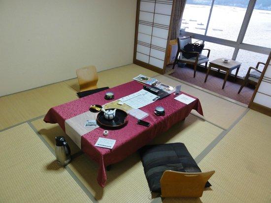 Awajishima Kaijou Hotel :                   部屋