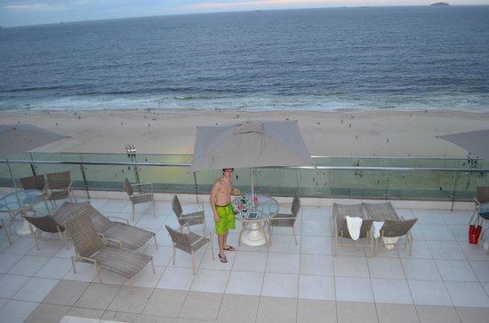 Arena Copacabana Hotel:                   En la pileeeta !!