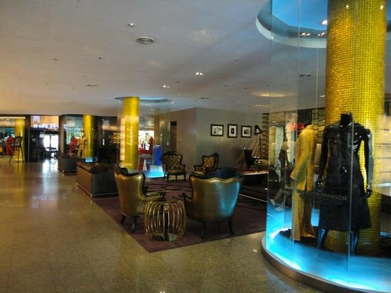 硬石飯店照片