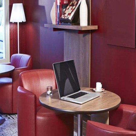 Campanile Le Havre Nord - Montivilliers: Lounge