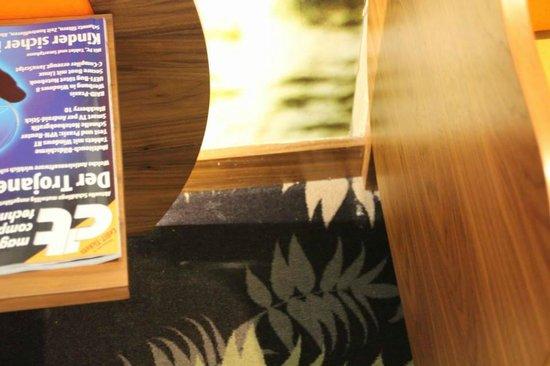 Hotel Cocoon Stachus:                   Eckenreinigung