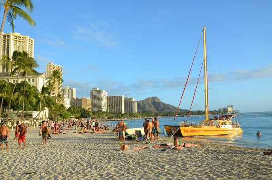 Hyatt Place Waikiki Beach: Waikiki Beach und Diamond Head