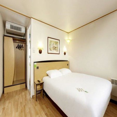 Campanile Chatellerault: Double Room