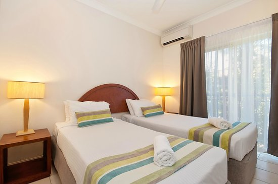 Central Plaza Port Douglas: Twin Bedding