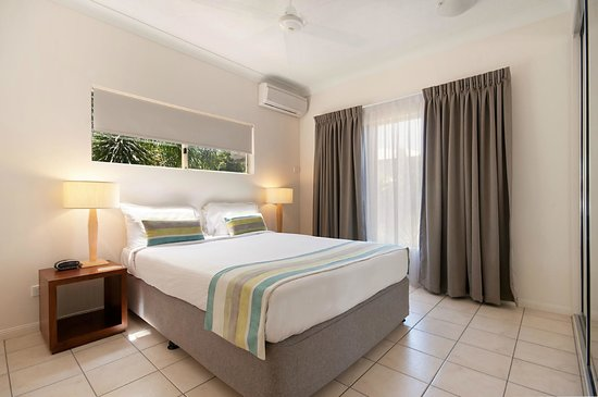 Central Plaza Port Douglas: Master Bedroom