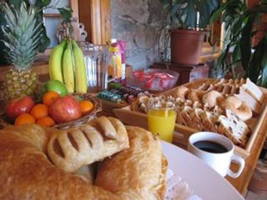 Manoir Ramezay: Petit déjeuner continental