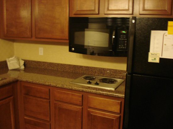 Residence Inn Bozeman: Kitchen