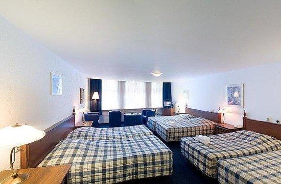 Hotel Prins Hendrik: Guest Room