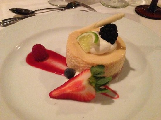 Ponte Vedra Inn & Club: Key Lime pie for a conference banquet dessert