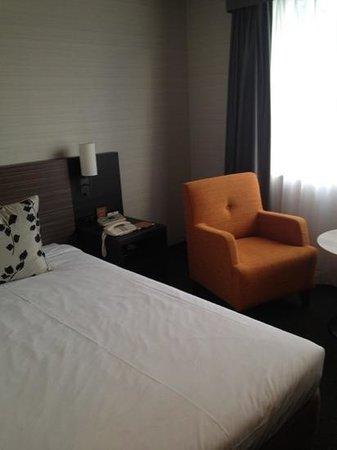 Nagoya Tokyu Hotel:                   single Romo
