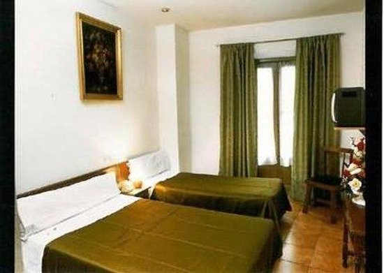 Nuria Hotel: Guest Room