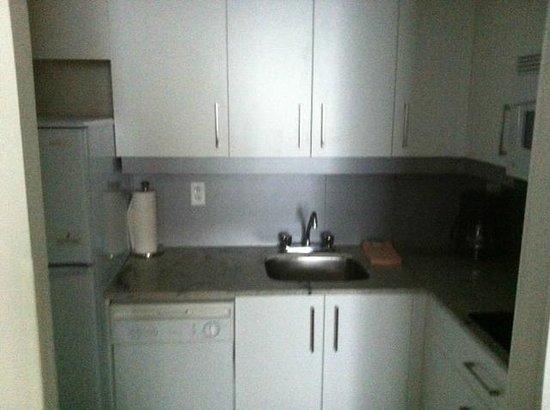 Residence Inn Montreal Westmount:                   Kitchenette