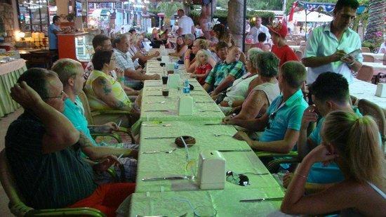 Kontes Restaurant:                   kontes beach hotel restaurant