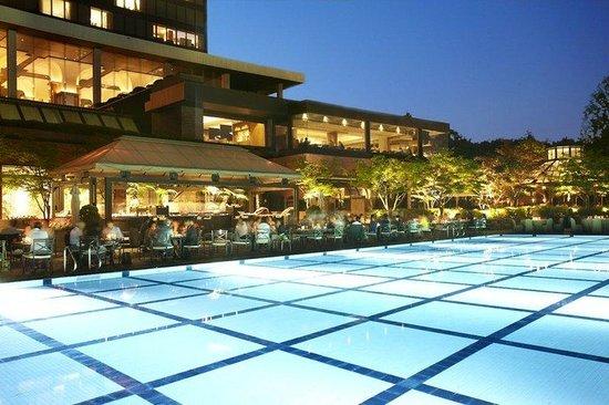 Grand Hyatt Seoul: SELRS_P173 Poolside Barbeque_01
