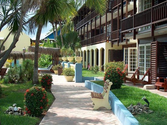 Lions Dive & Beach Resort Curacao: Ducth Caribbean style