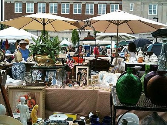 Georgetown Flea Market :                   Just north of T ST NW on Wisconsin Ave at the Hardy Middle School
