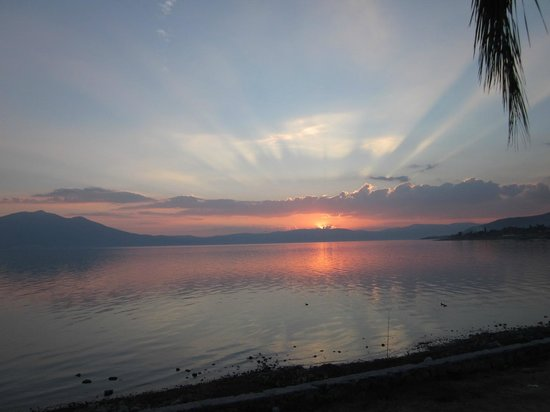 Casa Flores :                   Lake Chapala Sunset