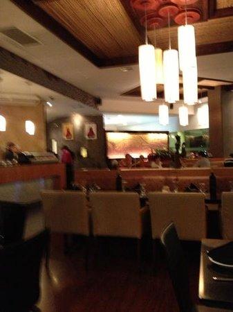 Restaurante Saga:                   Saturday night at Saga