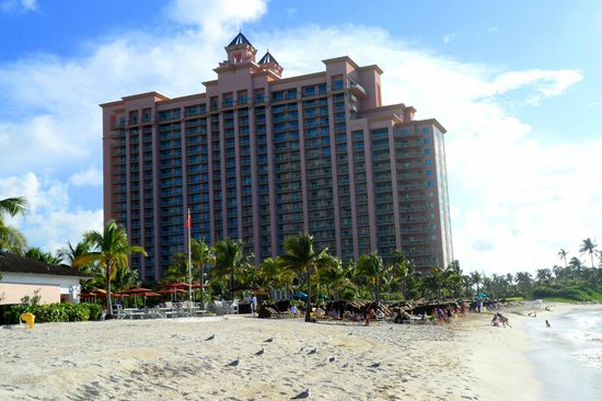 The Reef Atlantis, Autograph Collection:                                     The Reef as seen from the beach