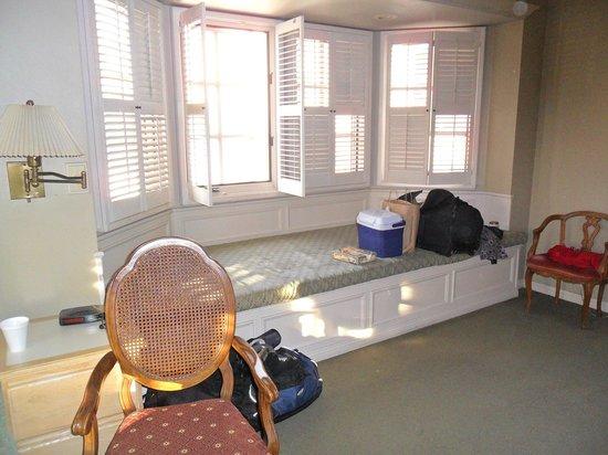 Bella Maggiore Inn:                   Window seat                 