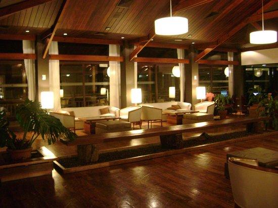 Raices Esturion Hotel:                                     Lobby del hotel                                  