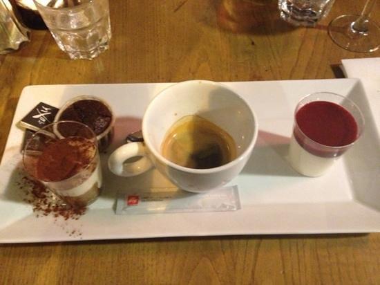 Fuxia: café gourmand