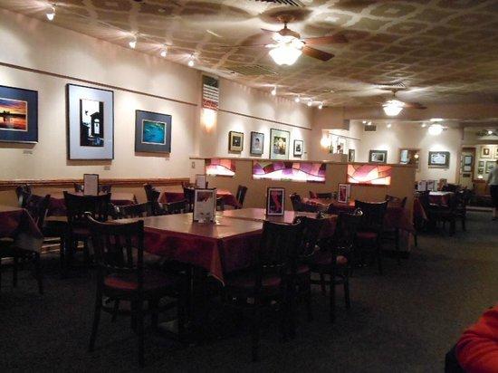 La Casa Pizzeria: Dining Room area