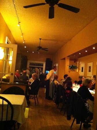 Louie's: Main Dining Room