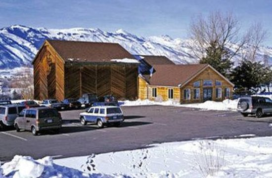 WorldMark Wolf Creek: Exterior