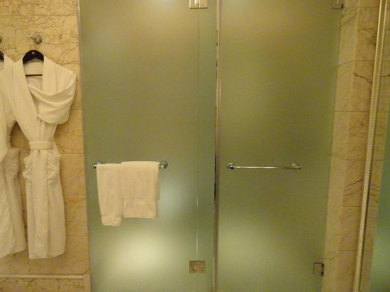 The St. Regis Singapore:                   Two spearate rooms for shower and toilet
