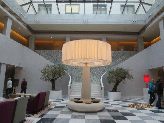 Hyperion Hotel Dresden am Schloss:                                     Lovely lobby