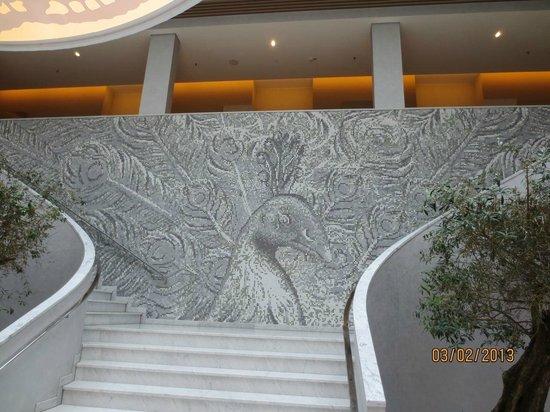 Hyperion Hotel Dresden am Schloss:                                     Mosaic peacock in the lobby