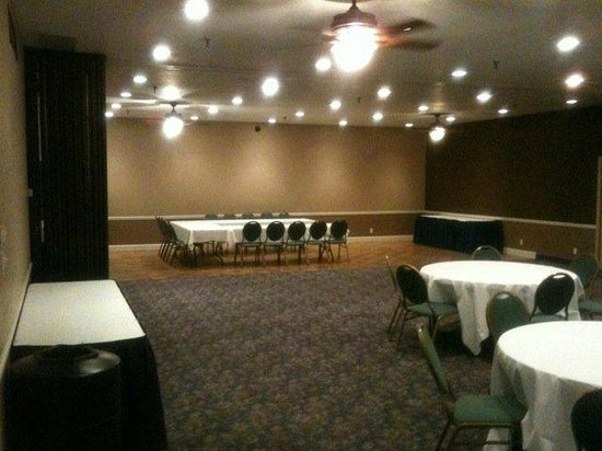 American Inn: Presidential Hall Meeting & Event Space- Lincoln Room