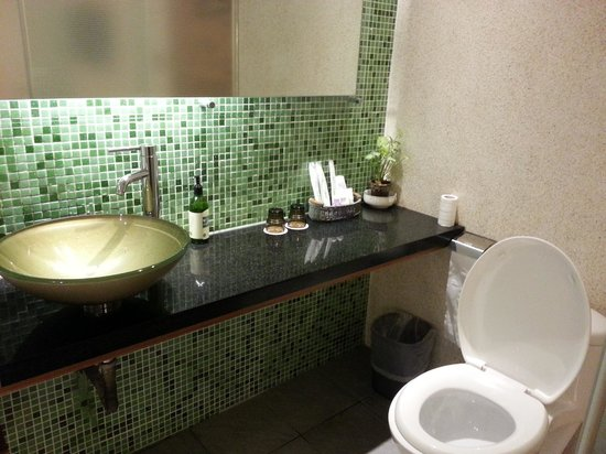 Doris Home:                   Bathroom