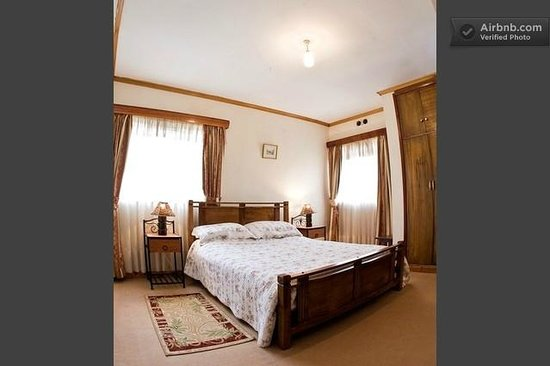 Loresho House: Velour Room