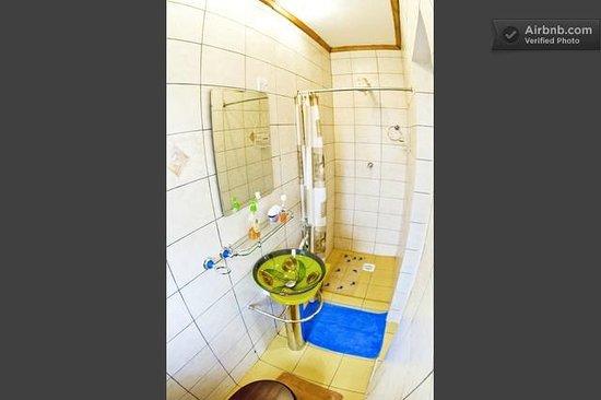 Loresho House: Velour Bath