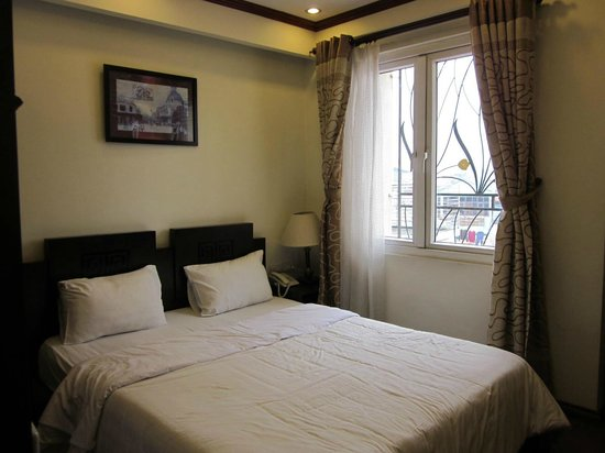 Paradise Boutique Hotel:                   Room with windows