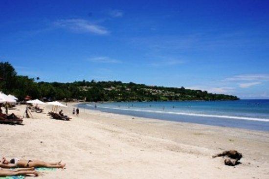 Jimbaran Home Stay : Jimbaran beach