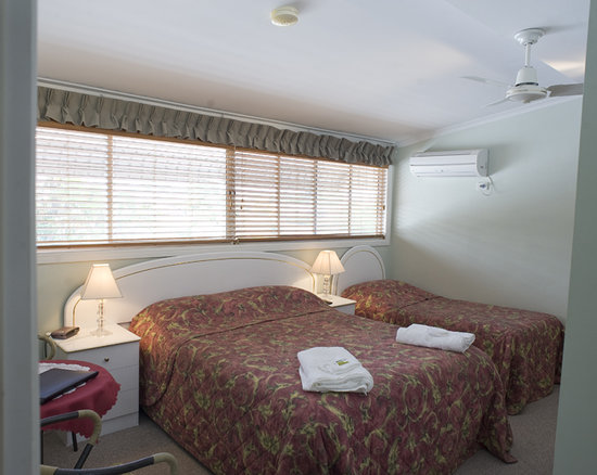 Ainslie Manor: 2 rooms can accommodate an additional bed.