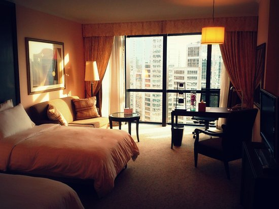 Plaza Athenee Bangkok, A Royal Meridien Hotel: Pleasant stay, comfort bed