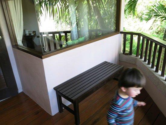 Aonang Princeville Resort:                   A nice balcony