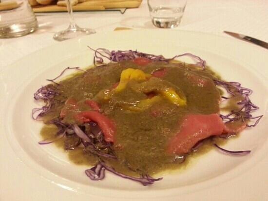 carne cruda e bagna caoda - Picture of Ristorante del Casot, Castell ...