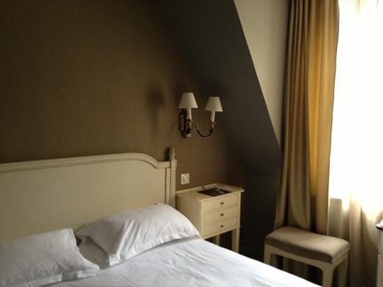 Hôtel de la Treille : chambre