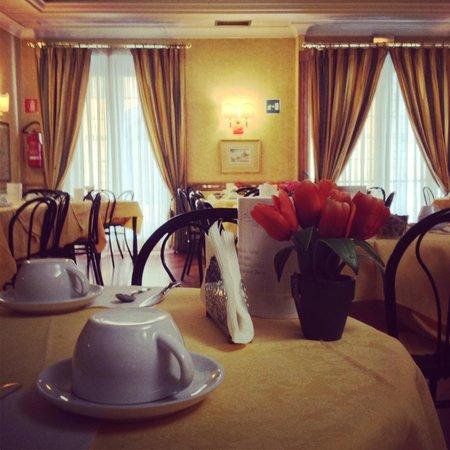 Hotel Pomezia: Sala colazioni