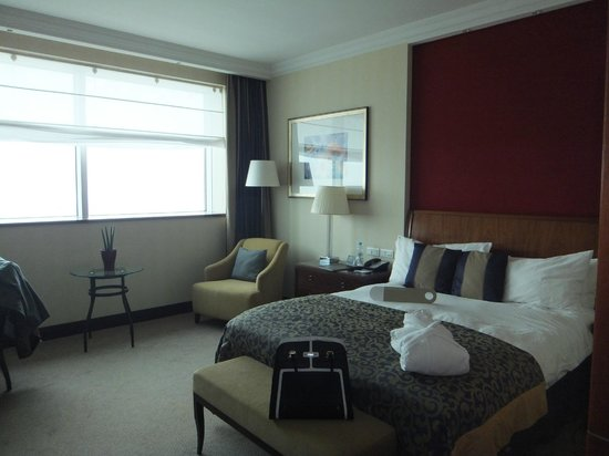 InterContinental Hotel Warsaw: Room