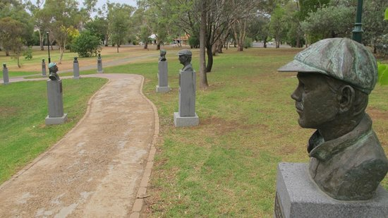Cootamundra, Australië: Cricket Captains Walk
