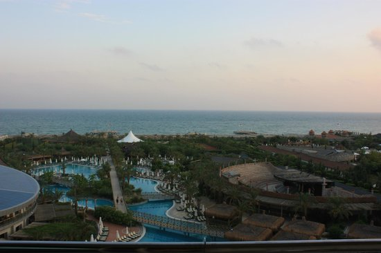 Royal Wings Hotel :                   view from the room