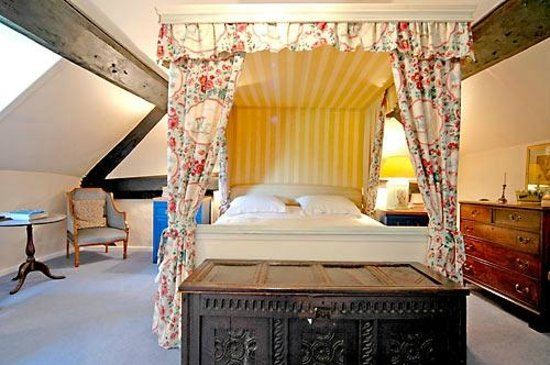 Cleeton Court Bed and Breakfast: Four Poster Room (with ensuite bathroom)